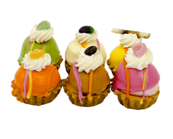 Luxe Hard Wener Petit Four Reviews